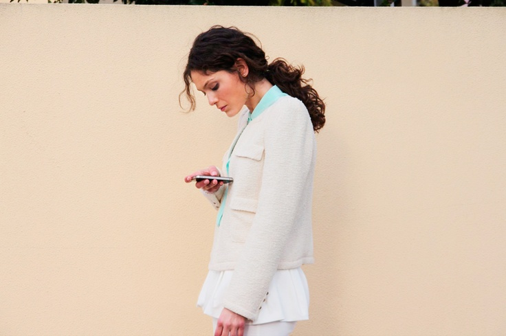 silk shirt with appliqué on collarPort, Jackets Zara, Style Inspiration, Street Style, White Jackets, Zara Photos, Fashion Inspiration, Zara People, Margaridas