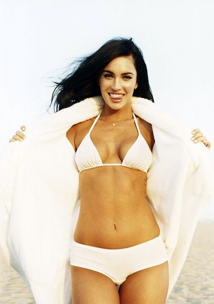 Pin On Megan Fox Hot Pictures-2908