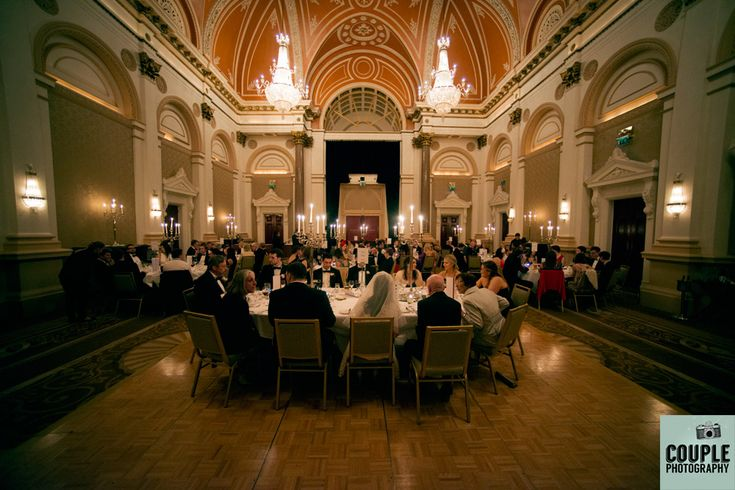 Guests enjoy their dinner at the wedding in the Westin. http://www.couple.ie