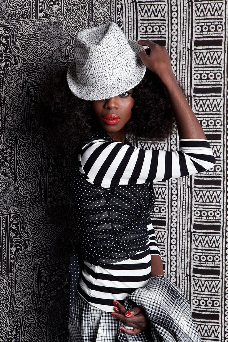 Black & white, fashion, stripe , dots. www.corakemperman.com
