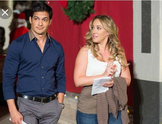 Christmas Belle With Haylie Duff And Nicholas Gonzalez Belle Movie Hallmark Channel Christmas Movies Family Christmas Movies