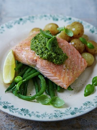 Super salmon parcels with new potatoes & homemade basil pesto