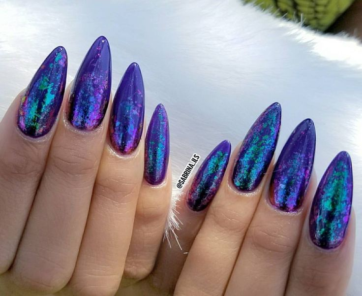 """275 Likes, 6 Comments - SPECIALIZING IN SCULPTURED 💅🏼 (@sabrina_ils) on Instagram: """"Chameleon flakes over @lechatnails """"Aristocrat"""" *SCULPTURED ACRYLIC NAILS DONE WITH FORMS NOT TIPS*"""""""