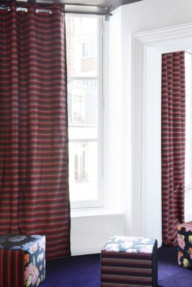 Horizontal, narrow stripes create a slightly trippy Pop Art sensation on the Lelievre Pop Curtain Panel, designed by Sonia Rykiel. 100% cotton drape panel with eyelet header is easy to hang.