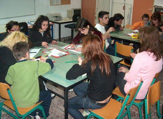 19-01-17 Οδηγίες για την εκπόνηση των Συνθετικών Δημιουργικών Εργασιών στο Γυμνάσιο (άρθρο 3 του Π.Δ. 126/2016) για το σχολικό έτος 2016-2017    19-01-17 Οδηγίες για την εκπόνηση των Συνθετικών Δημιουργικών  Εργασιών στο Γυμνάσιο (άρθρο 3 του Π.Δ. 126/2016) για το σχολικό έτος  2016-2017  Μετά από σχετική εισήγηση του Ινστιτούτου Εκπαιδευτικής Πολιτικής  (πράξη 02/10-01-2017 του Δ.Σ) σας αποστέλλουμε τις παρακάτω οδηγίες για  την εκπόνηση των Συνθετικών Δημιουργικών Εργασιών στο Γυμνάσιο…