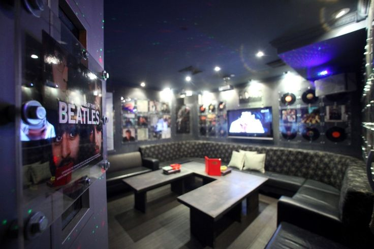 Karaoke bar design hip hot cool karaoke party retail for Karaoke room design ideas