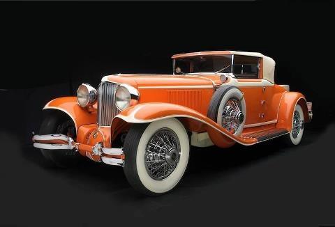 U.S. Frank Lloyd Wright owned this 1929 L-29 Cord Cabrio.