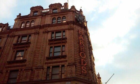 London&Harrods&shopping