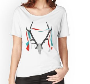 Women's Relaxed Fit T-Shirt stag with trophy antlers