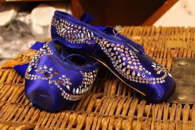 Caterpillar pointe shoes as worn in The Royal Ballet's Alice's Adventures in Wonderland © ROH/Chris Shipman, 2013 by Royal Opera House Covent Garden, via Flickr