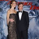 Toby Stephens and Anna-Louise Plowman | Toby Stephens Picture #24166338 - 250 x 380 - FanPix.Net