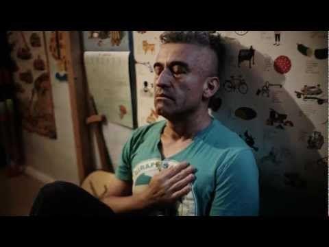 Jorge González - Yo no estoy en condiciones - [VIDEO OFICIAL] - YouTube