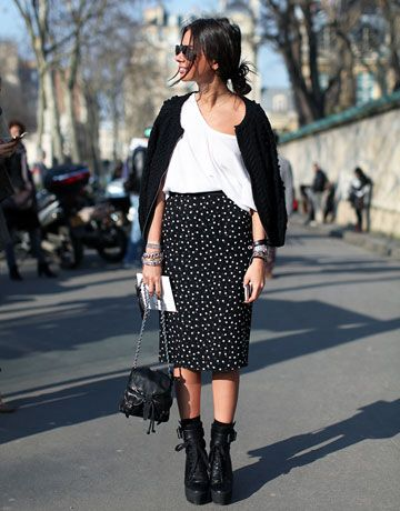 midi skirt+tee+amazing shoes