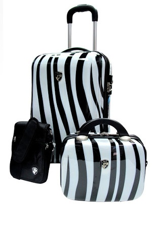the weekender 3 piece carryon set by heys luggage at gilt