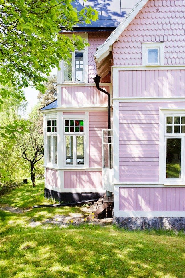 Unusual Exterior Paint Color Combos That Actually Look Really Great | Apartment Therapy