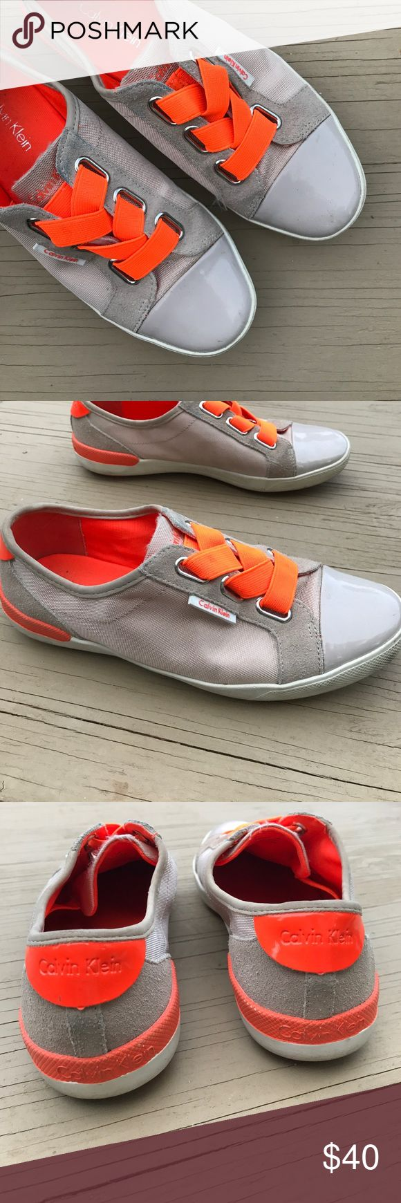 Calvin Klein Trinah sneakers Elastic band very comfortable. Needs some cleaning but in great condition Calvin Klein Shoes Sneakers