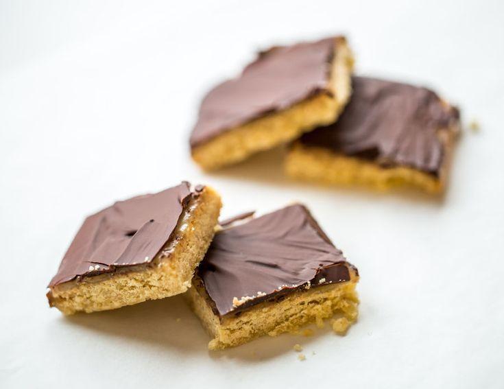 Fit batony z czekoladą i słonym karmelem, fot. Fotolia