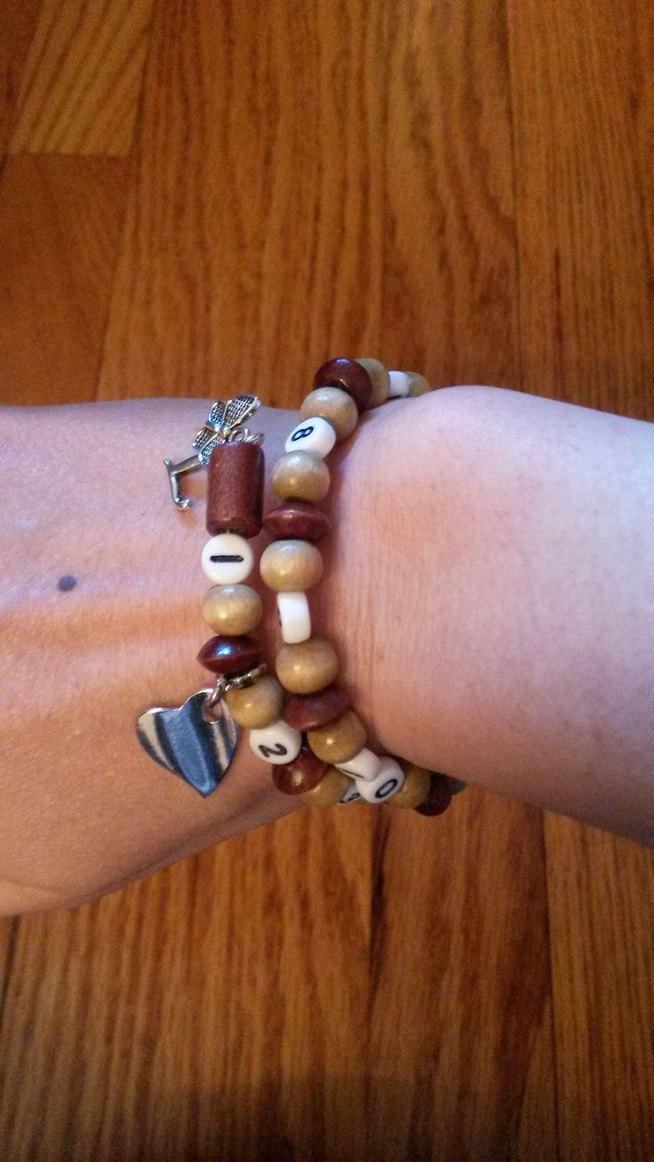 breastfeeding bracelet. Easy to make. Helps to remember last feeding time. Love it