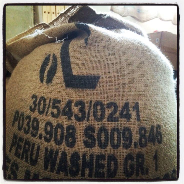 New arrival! #Perù washed #Caffè #Coffee at #CaffèPenazzi1926 #roastery #Ferrara #igersferrara #igers #Caffèartigianale You can buy my Coffees at http://penazzi-1926-coffee-roastery-ferrara.myshopify.com/