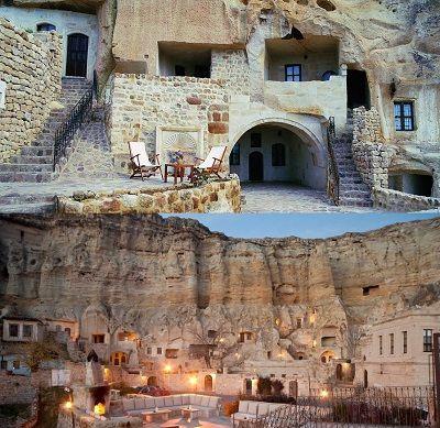 Yunak Evleri nel Urgub, Nevşehir Turchia L'hotel Yunak Evleri, si trova nella città di Urgup, la terra in cui si trovano i camini delle fate della Cappadocia, è stato scavato nella roccia sulla collina. Il nostro albergo consiste di 7 case di roccia costruite nel V e VI secolo, 40 grotta camere ed un palazzo greco costruito nel XIX secolo. Visitando le chiese nascoste, le città sotterranee e le composizioni affascinanti di roccia vulcanica di Cappadocia nel Yunak Evleri vi sentirete come a…