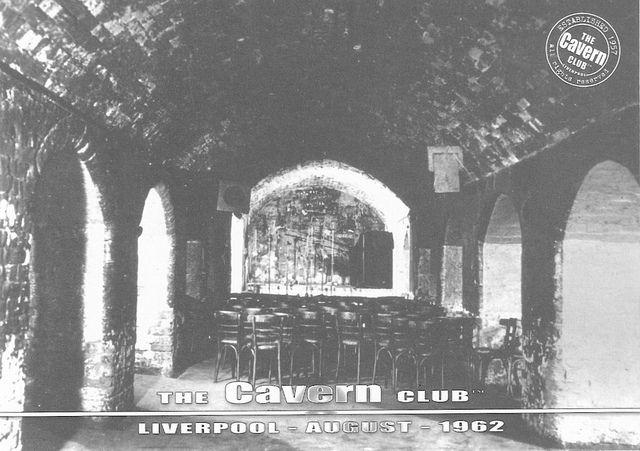 cavern club liverpool   THE CAVERN CLUB LIVERPOOL POSTCARD