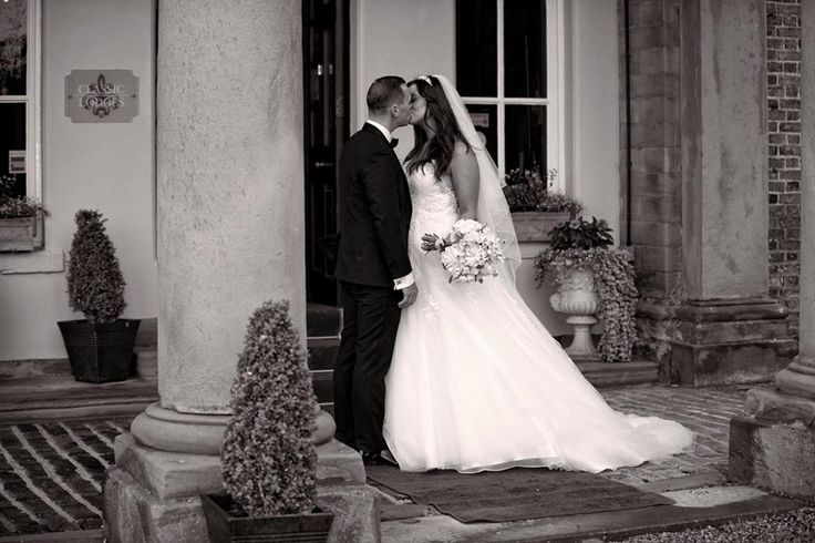 Congratulations to Emma & Rob on their wedding day
