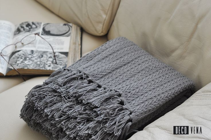 Grey cotton woven throw / blanket
