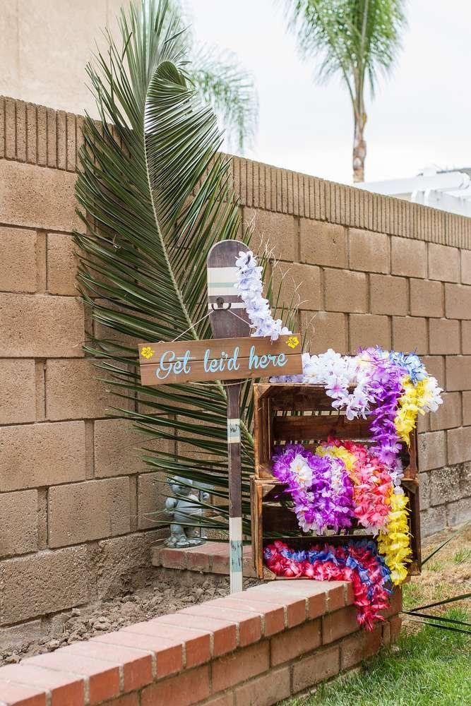 Vintage Luau / Vintage Hawaiian Birthday Party Ideas   Photo 1 of 75   Catch My Party