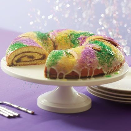 #Mardi Gras season begins on January 6, known as Twelfth Night or Three Kings Day. Meant to represent a jeweled crown, King Cake -- topped with purple, green, and gold sugars signifying justice, faith, and power, respectively -- celebrates the three kings who came bearing gifts at Jesus' birth