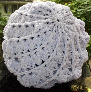 """Absolutely superb pattern.. stunning final effect .. easy as.. and can be made in a day. I'd totally recommend this as a """"must-see"""" (and then don't blame me if it becomes a """"MUST-DO"""") project."""