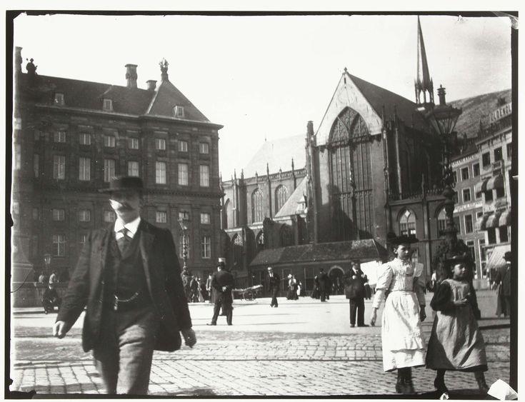 Gezicht op de Dam in Amsterdam, 1890 - 1910
