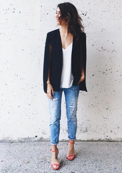 Stars Instagram Style: Jillian Harris Wears A Cape Because She Truly Is A Fashion Superwoman