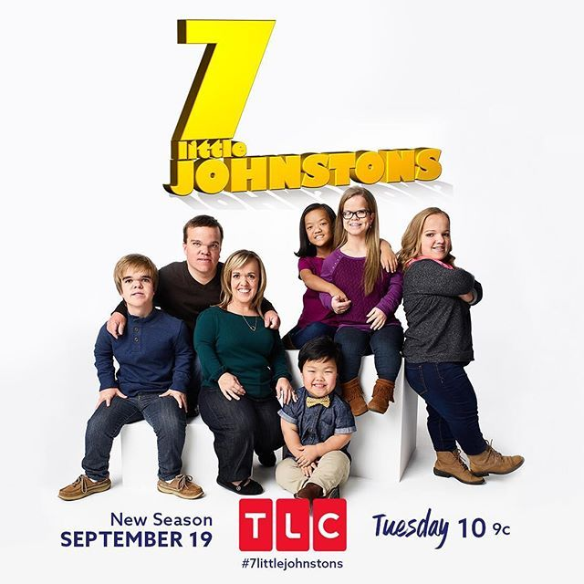 New jobs, new friends, same old hilarious #7LittleJohnstons! Watch the season premiere TONIGHT at 10/9c on #TLC or stream live on the #TLCgo app!
