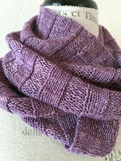 Crabapple Cowl Free Knitting Pattern
