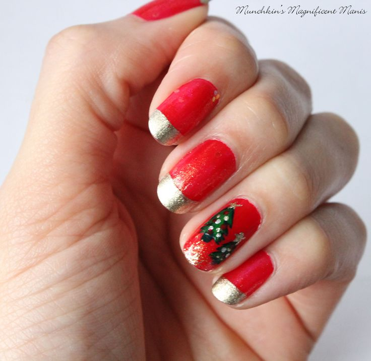 Christmas Nail Designs Tutorial: Christmas Nail Design, Gold Tips With Christmas Tree