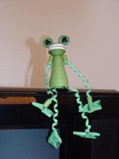 finger puppet-frog