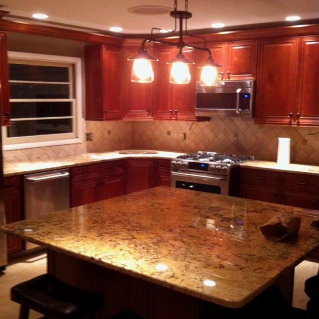 Granite Kitchen Countertops With Backsplash: New Kitchen. Solarius Granite!