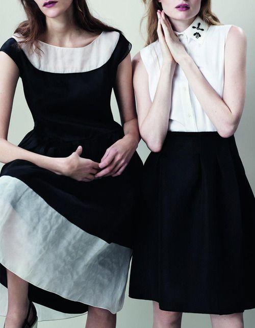 La robe de gauche <3