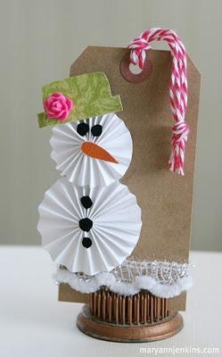 Cute idea for a snowman tag!
