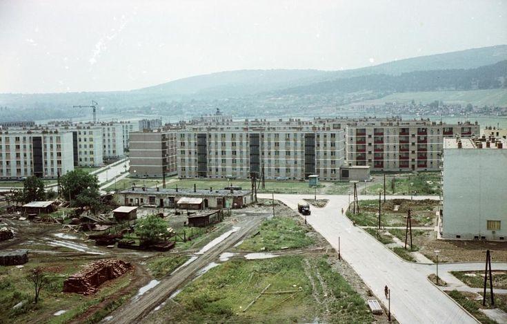 Kilián-dél, Kandó Kálmán utca - Könyves Kálmán utca találkozása, balra a Gagarin utca torkolata.1965