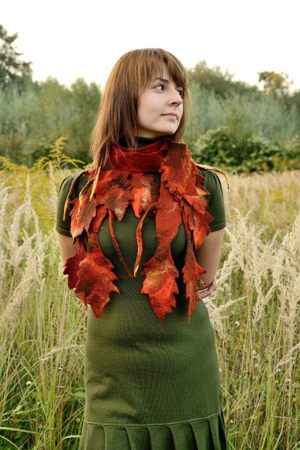 Felted fall scarf with rusty leaves. Lightweight and impressive in the same time. Perfect for autumn. I would say it is unisex, but you have the final word on this ;)