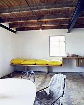 Basement Idea: Hanna Rooms, Exposed Beams, Yellow Pillows, Bedrooms Design, Design Interiors, Design Bedrooms, Colors Palettes, Yellow Cushions, Bedrooms Decor