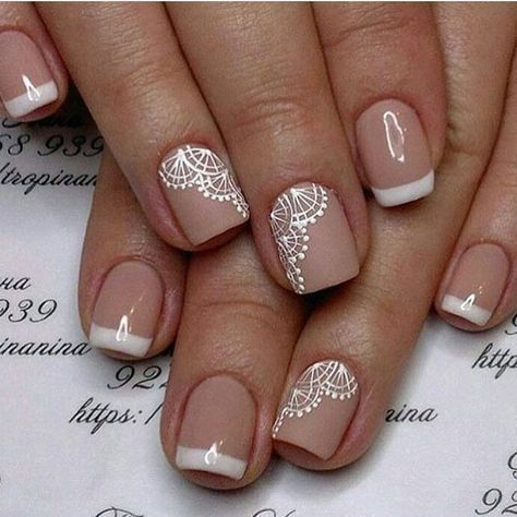Sugestão super fofa para as unhas da noiva do @blogsimeuaceito #prontaparaosim #