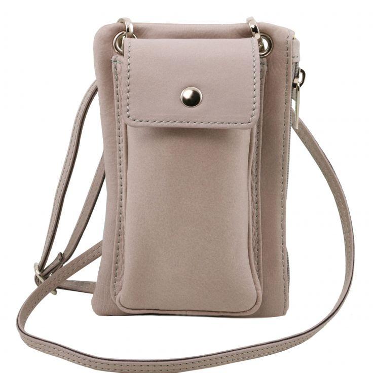 Deze tas voor uw mobiele telefoon heeft een magnetische drukknopensluiting ritssluiting verstelbare, afneembare schouderriemen van leder deze mini cross body tas is verkrijgbaar in verschillende kleuren - € 44,99