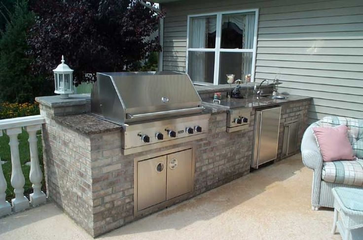 How to build an outdoor grill with brick woodworking for Outdoor summer kitchen grills