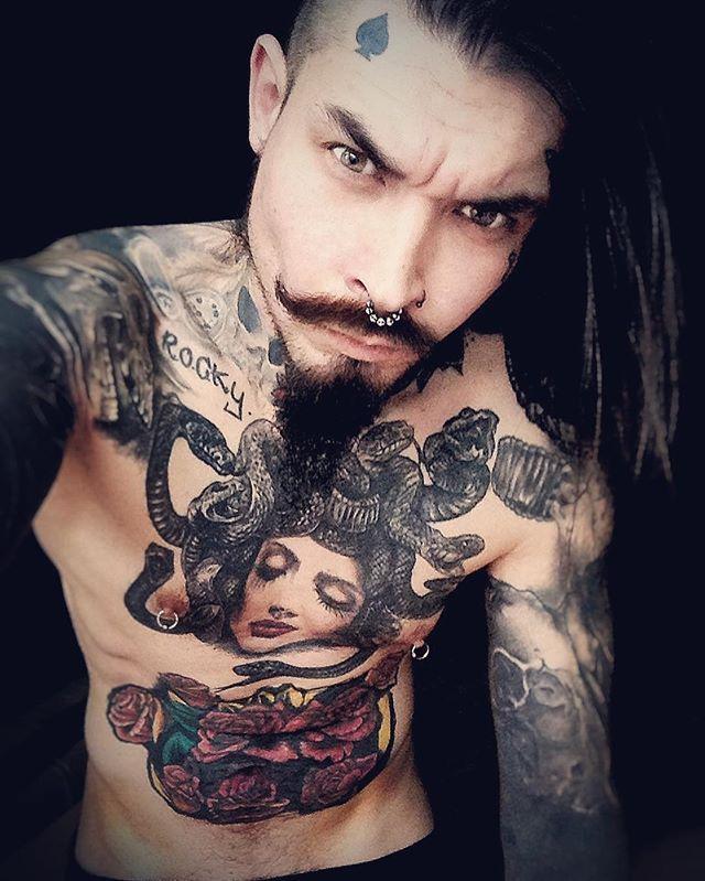 Instagram media by crow_of_spades - Я сегодня доволен. Сушка приносит первые результаты ) ♠️- [ ] #спб #питер #санктпетербург #mustache #борода #бородачи #бородатый #усы #усыиборода #тату #татуировка #татуировки #татуха #татухи #beard #bearded #beards #beardlife a #tattoo #tattoos #tattooed #tattoomodel #ink #inked #black #blackwork #нижнийновгород