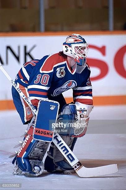 bill-ranford-of-the-edmonton-oilers-skates-in-warmup-prior-to-a-game-picture-id630055852 (406×612)