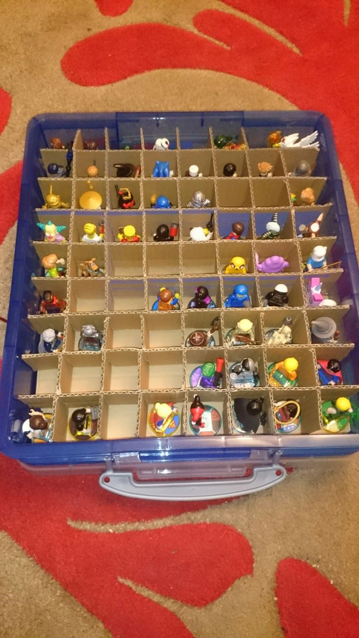 Lego dimensions easy character storage and transport.