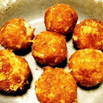 【お弁当に】ふわっカリッ「はんぺんチーズのコロコロフライ」が可愛くて便利♪