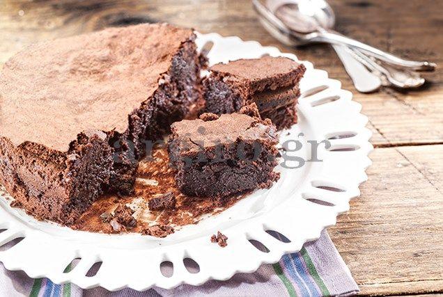 Κέικ όλο σοκολάτα (χωρίς αλεύρι)